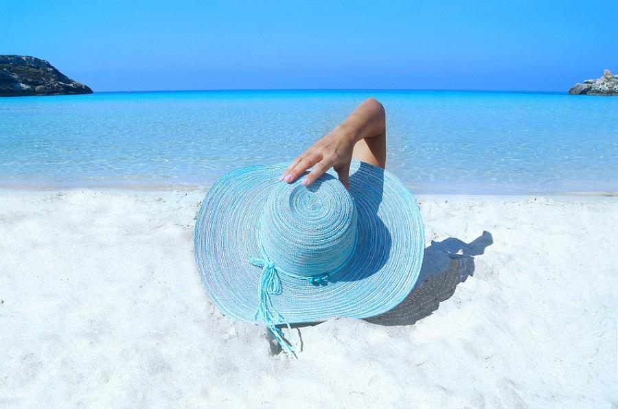 подготовка к лету, отпуск, парикмахер сумы, маникюр сумы, педикюр сумы, защита волос от солнца, салон красоты Релакс, салон сумы