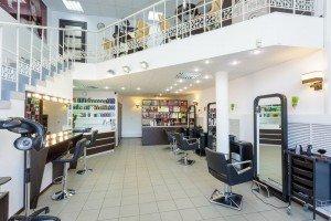 Салон красоты RelaxbyAntoninaSlyusarchuk, парикмахерский зал